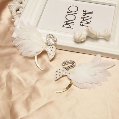 Bridal Feature Rhinestones Ear Climber Ear Cuff for Wedding