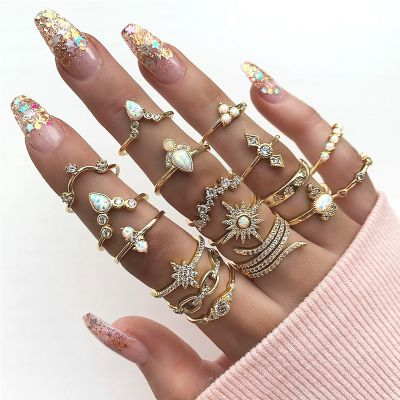 17-Pack Retro Crystal Bohemia Midi Rings Set for Beach Party Travel
