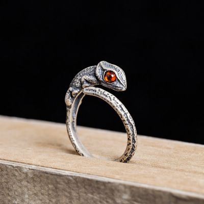 Orange Eyes Retro Punk Lizard Opening Ring