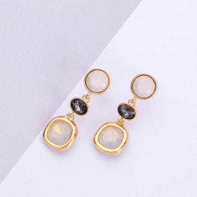 Black&Whte Resign Rhinestones Dangle Earrings for Travel