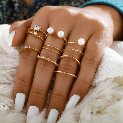 Bohemia Pearl Layering Ring 8-PC Midi Ring Set