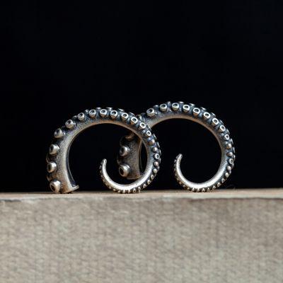 Octopus Claw Vintage Sterling Silver Hoop Earring