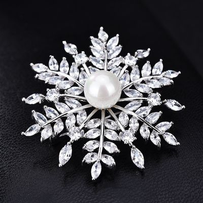 Snowflake Cubic Zircon Brooches Collar Pins for Date